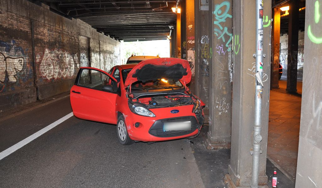 Unfall im Lessingtunnel