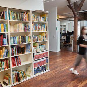 Einer der neu bezogenen Räume des Oetinger-Verlages in Hamburg.