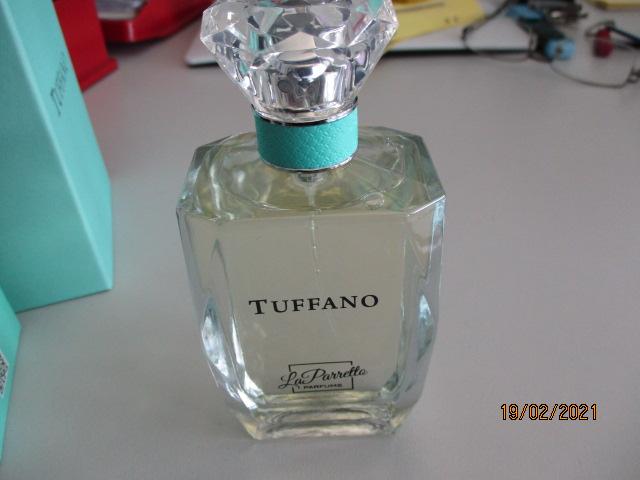 Gefälschtes Parfüm