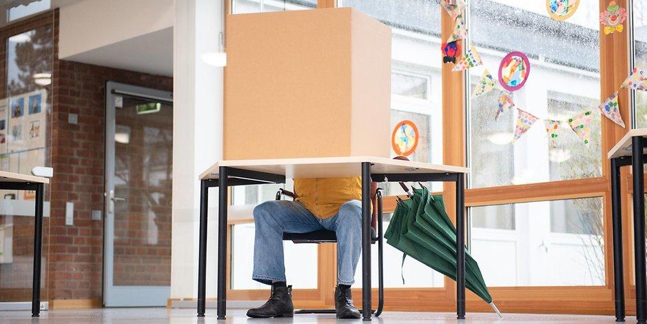 In einigen Hamburger Wahllokalen holten die Parteien erstaunliche Wahlergebnisse (Symbolbild).