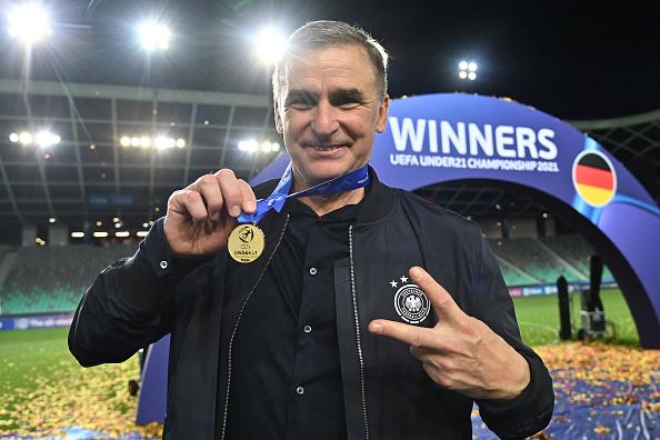 Stefan Kuntz mit Medallie