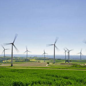 Windräder bei Düngenheim