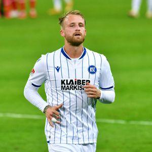 Philipp Hofmann will in Karlsruhe bleiben – oder in die Bundesliga wechseln.
