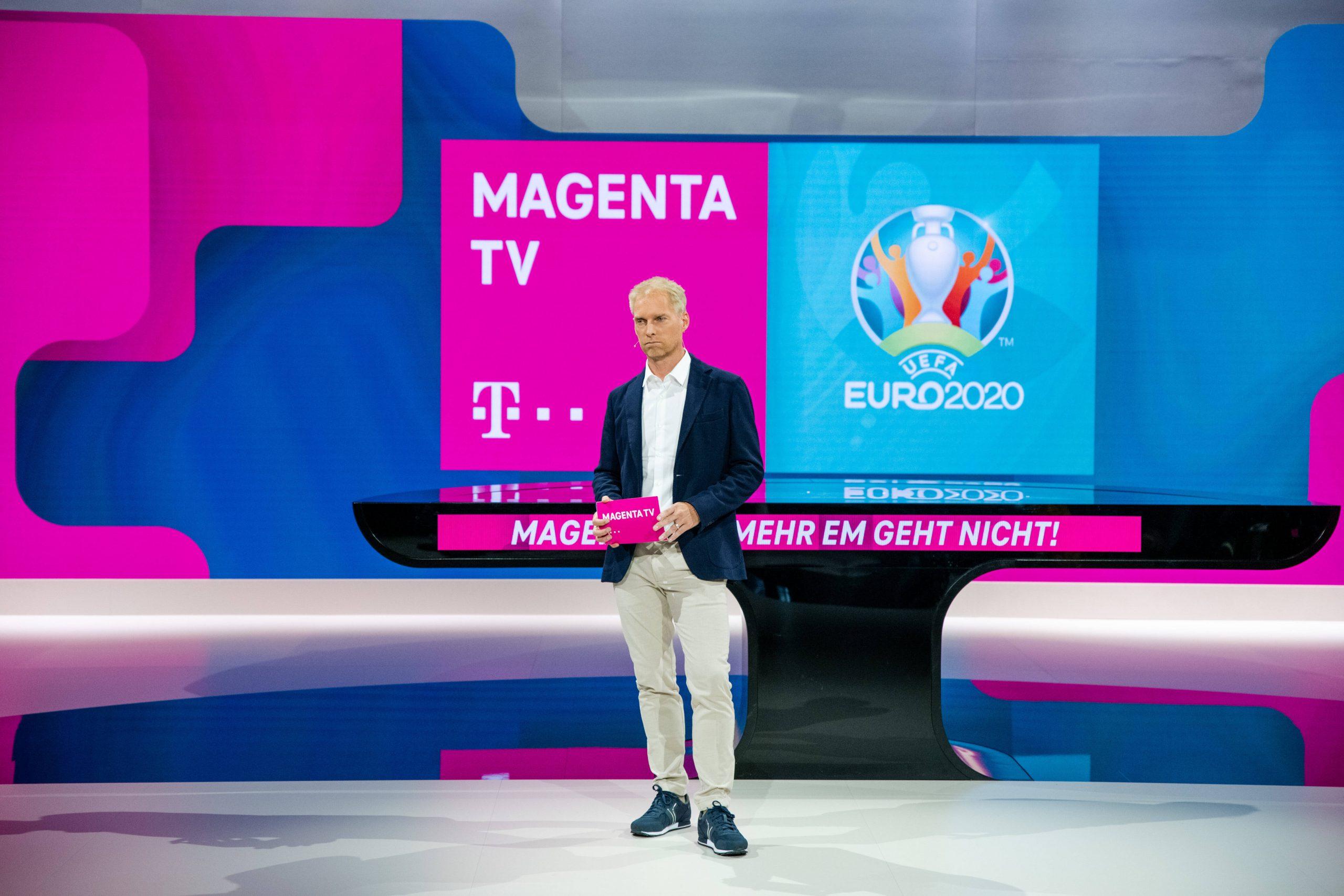 Jan Henkel im EM-Studio für MagentaTV