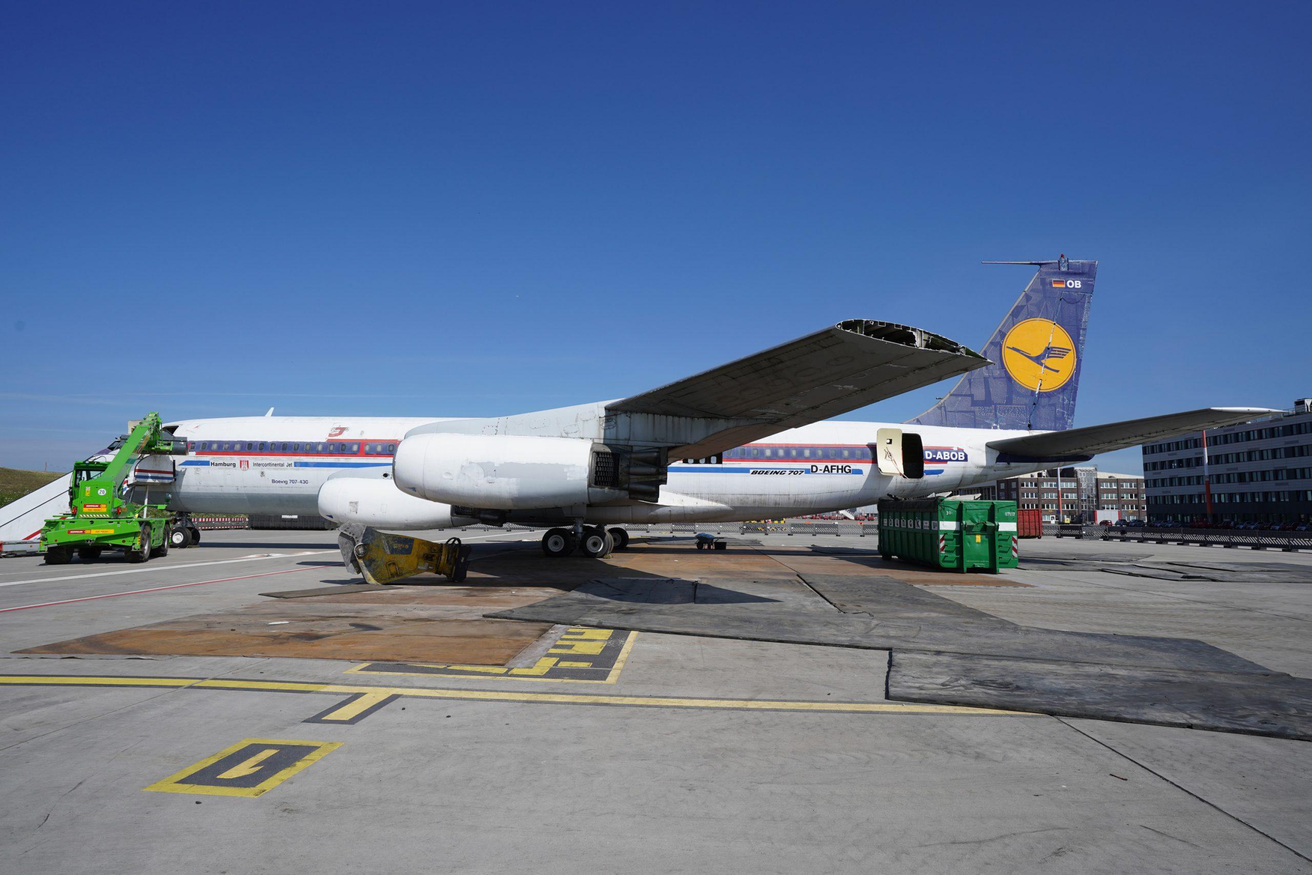 Alte Boeing auf dem Hamburger Flughafen