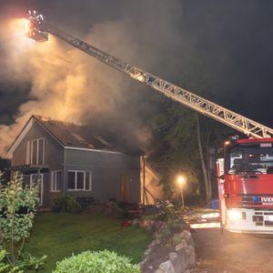 Das Holzhaus in Hatzte (Kreis Rotenburg) wurde bei dem Brand vollständig zerstört.