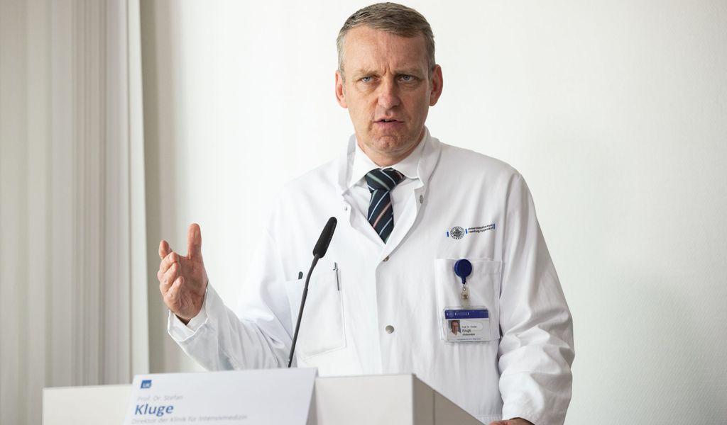 Stefan Kluge ist Leiter der Intensivmedizin am UKE.