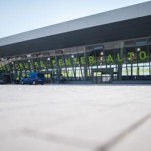 Der Parkplatz vor dem Cruise Center Altona