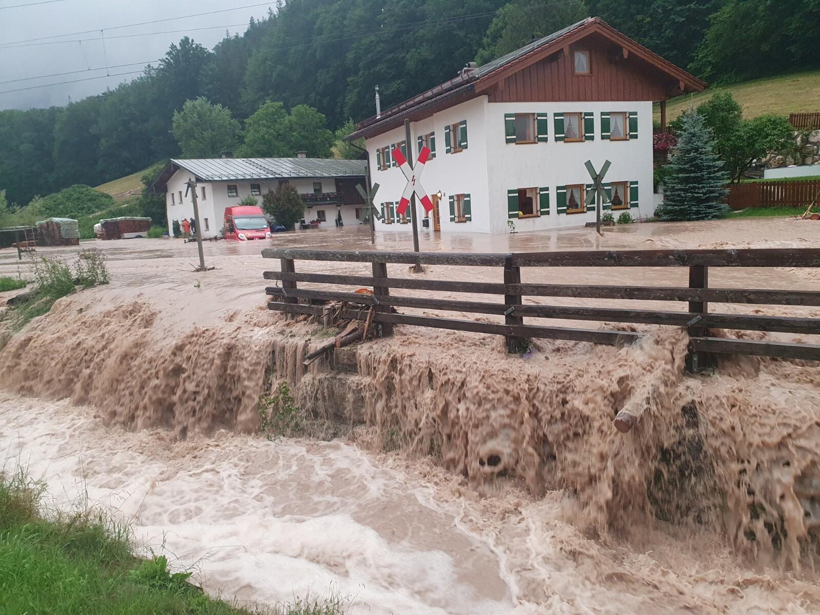 Wassermassen im Berchtesgadener Land.