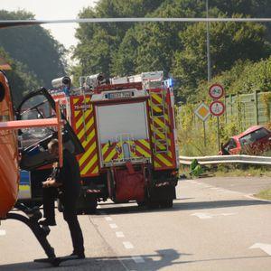 Nach einem Unfall bei Kasseburg musste der Rettungshubschrauber auf der B404 landen.
