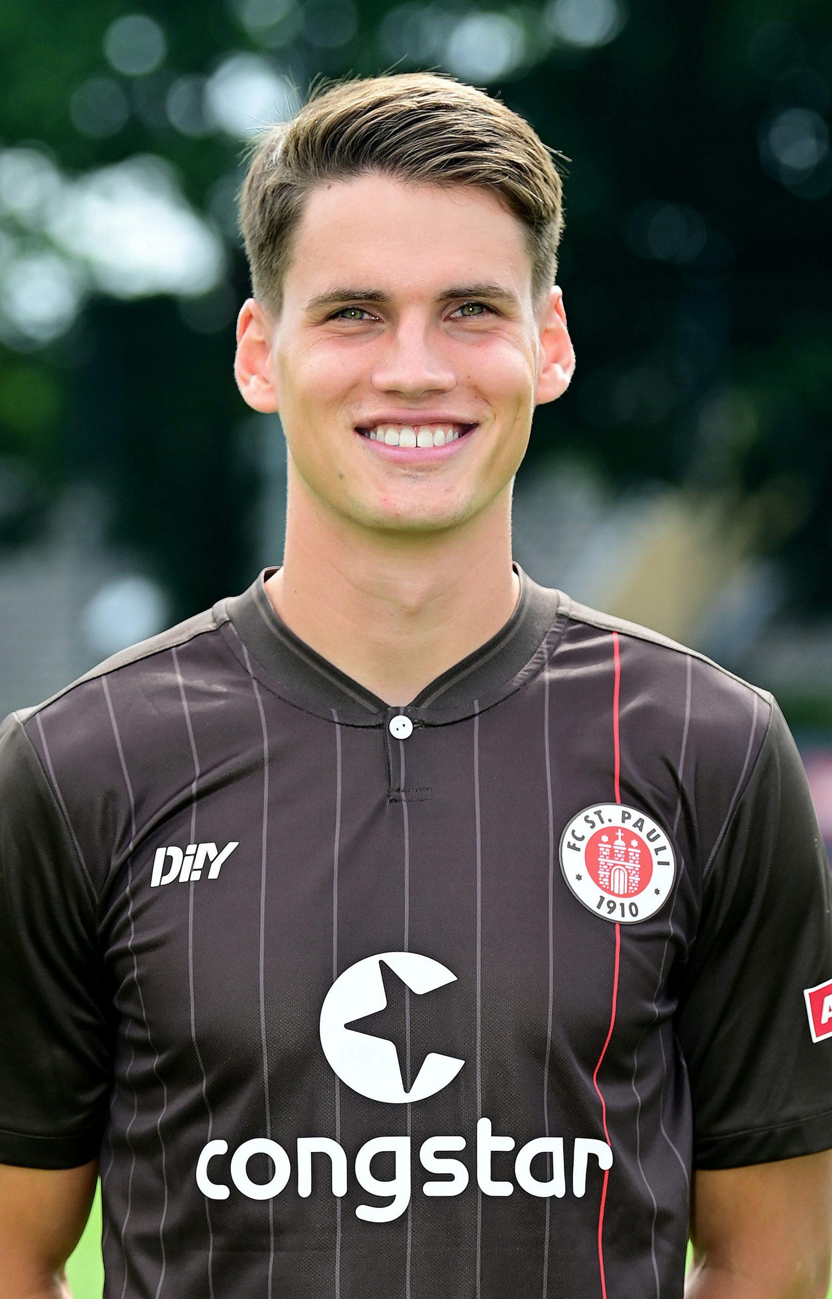 FC St. Pauli Luca-Milan Zander