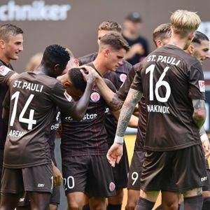 Beim 3:0 gegen Holstein Kiel hatten die Kiezkicker einigen Grund zum Feiern.