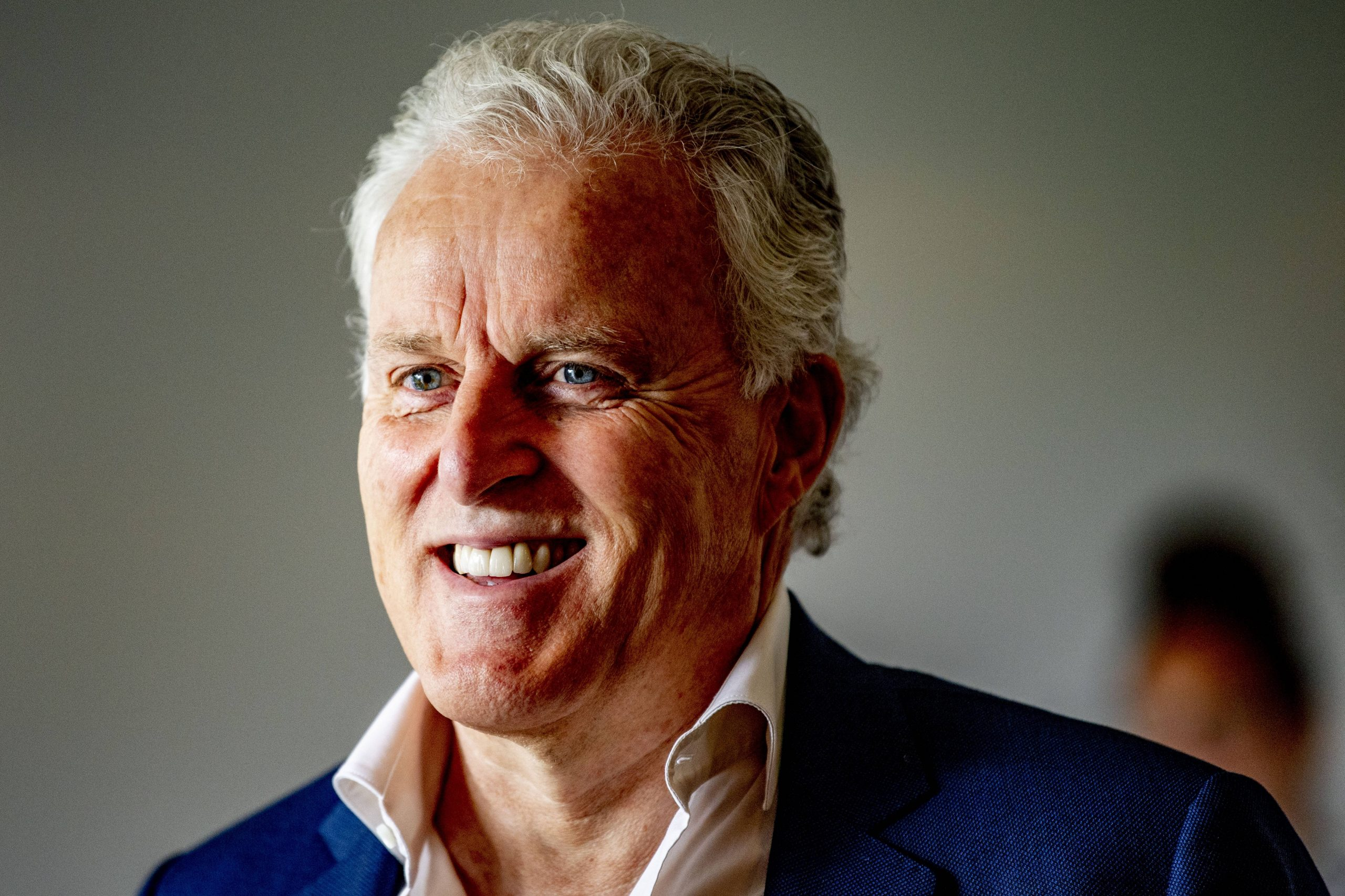 Niederlande: der Kriminal-Journalist Peter R. de Vries ist in Amsterdam niedergeschossen worden.