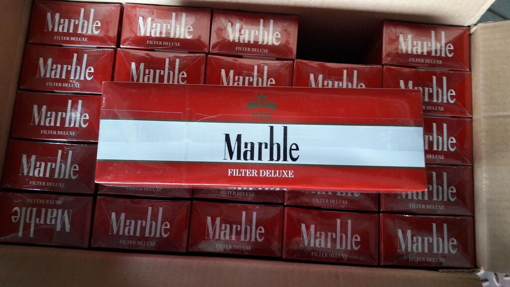 Zoll stellt Zigaretten sicher