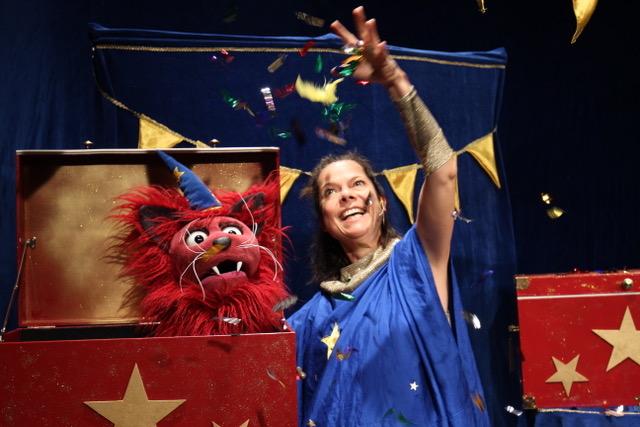Bühnenszene aus der Zirkusshow