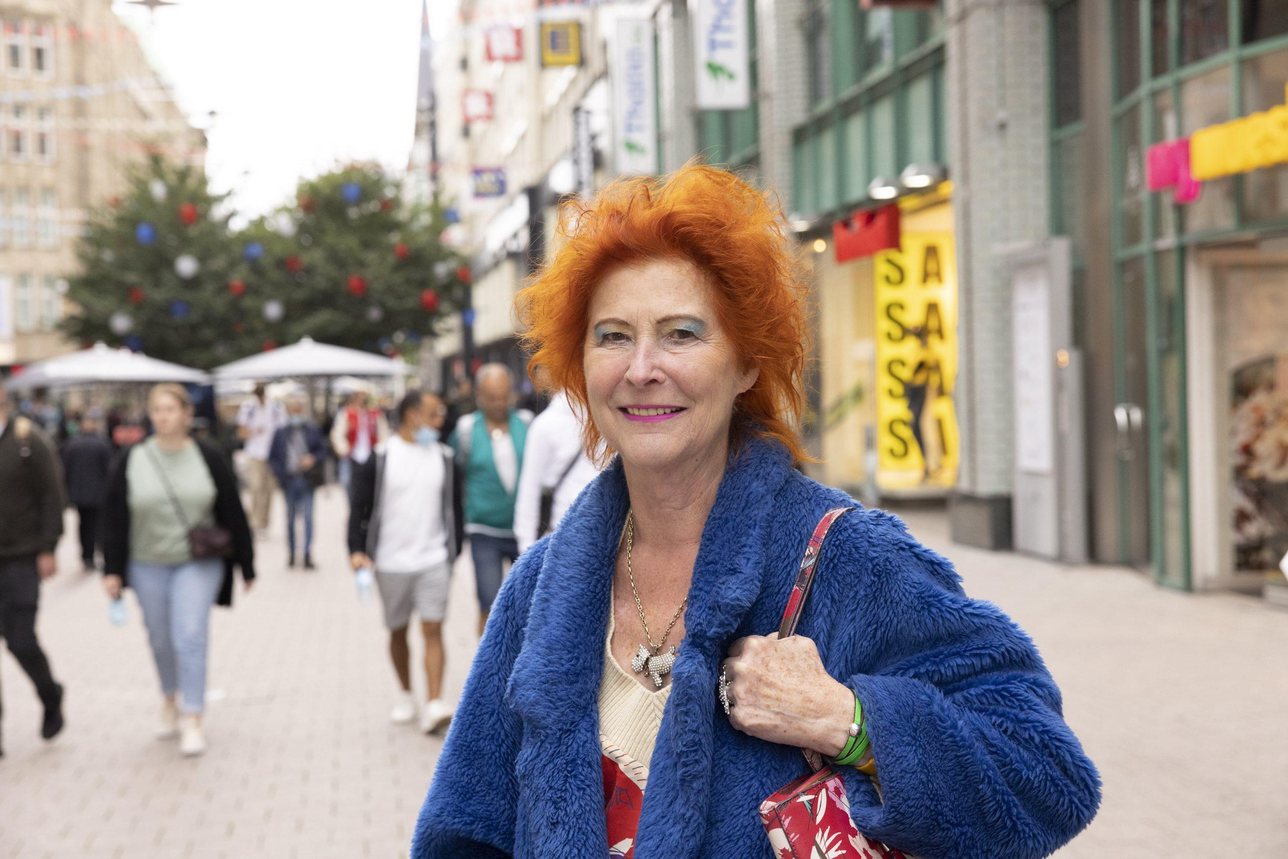 Karin Bechstein-Martins Garcia (78).