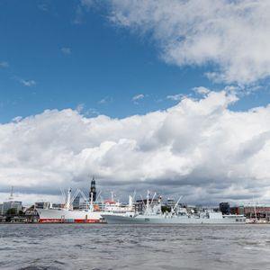 In der kommenden Woche zieht es über Hamburg immer weiter zu. Der DWD sagt Regen und Gewitter voraus.