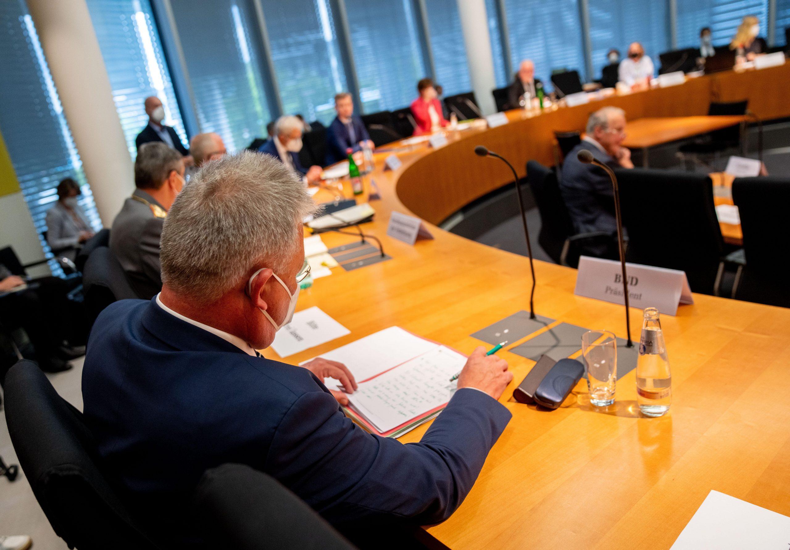 Bruno Kahl, Präsident des Bundesnachrichtendienstes (BND), bei einer Sondersitzung des Verteidigungsausschusses des Bundestags am Mittwoch.