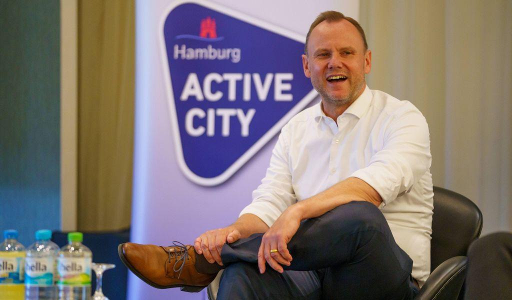 Hamburg verteilt 20.000 Gutscheine für Sportvereine. Sportsenator Andy Grote (SPD) stellte die Aktion vor (Archivbild).