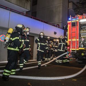 Feuerwehreinsatz in Wilhelmsburg – Bewohner melden Gasgeruch.