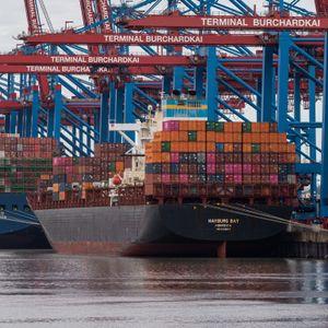Containerschiffe im Hamburger Hafen