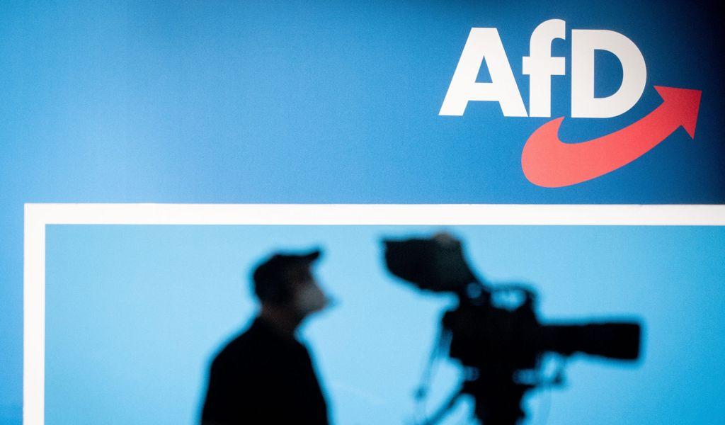 AfD-Podium (Symbolbild)