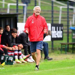 Andreas Bergmann bleibt Trainer bei Altona 93.