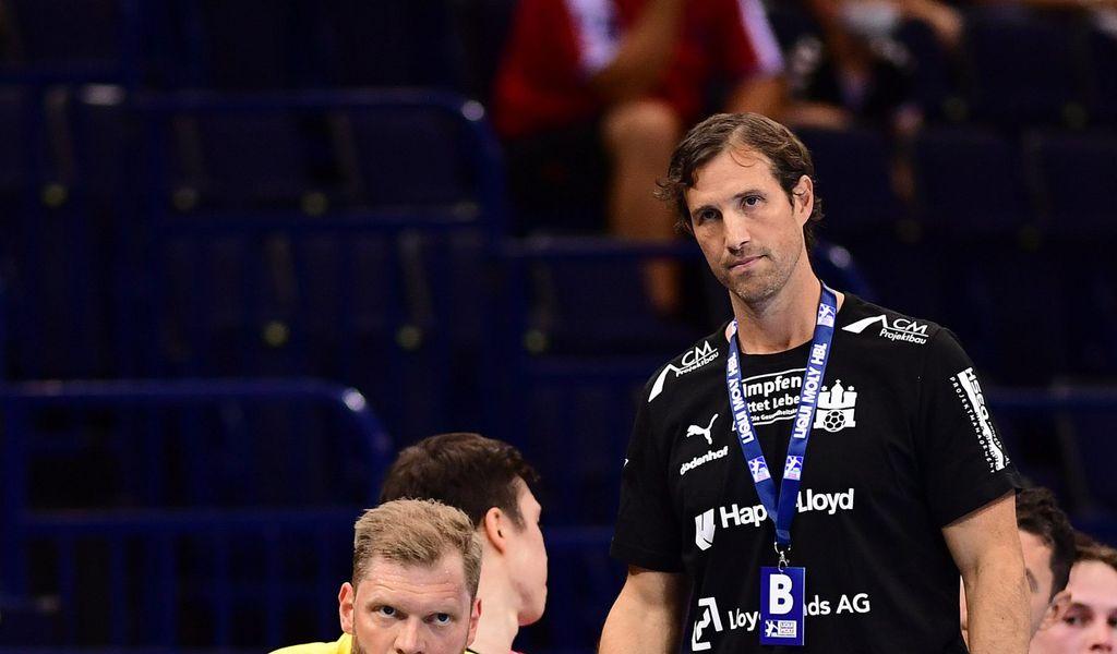 Trainer Torsten Jansen (r.) und Torwart Johannes Bitter verloren auch ihr zweites Bundesliga-Spiel.