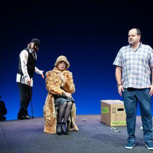 Der koschere Himmel. Schauspieler auf der Bühne