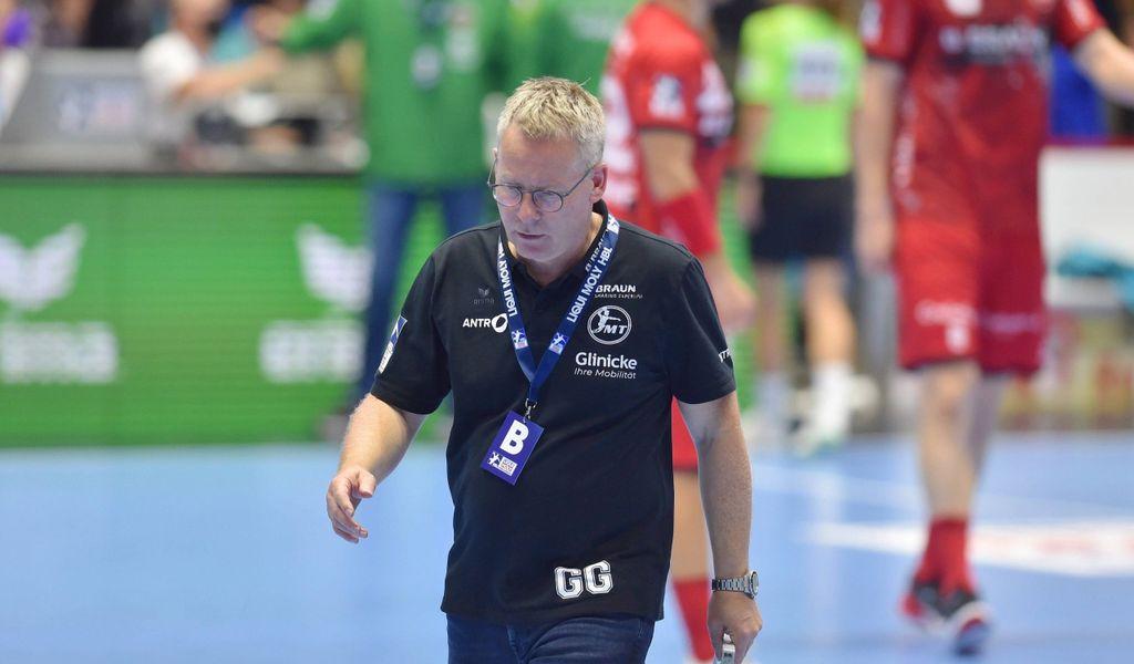 Abgang: Gudmundur Gudmundsson verlässt nach der Melsunger Pleite gegen Berlin das Parkett.