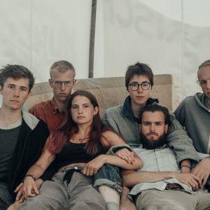 Die Klimaaktivisten Henning, Rumen, Mephisto, Lina, Jacob und Simon