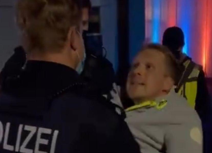 Oliver Pocher wird abgeführt