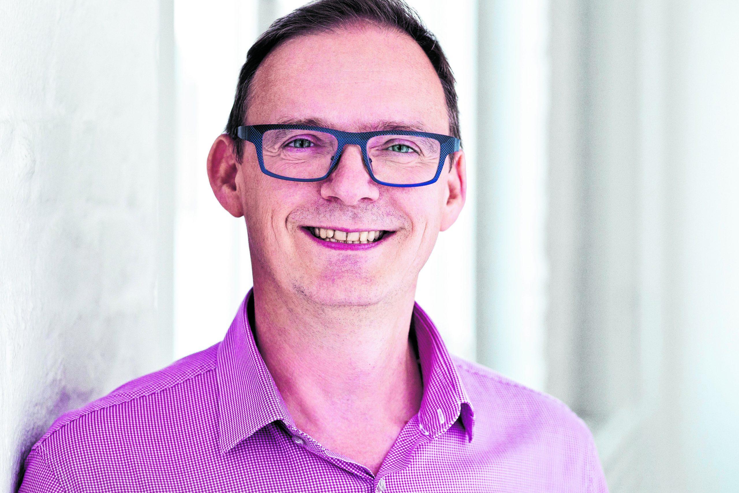 """Stefan Mielchen (55, """"Hamburg Pride""""): Ich wähle mit Erst- und Zweitstimme die Grünen. Sie stehen mir inhaltlich und lebensweltlich am nächsten. Aber Politik ist für mich auch eine Frage von Stil, Habitus und Haltung. Hier traue ich den Grünen den notwendigen Wandel am ehesten zu."""
