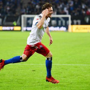 Moritz Heyer jubelt über seinen Treffer zum 2:1 gegen Sandhausen .
