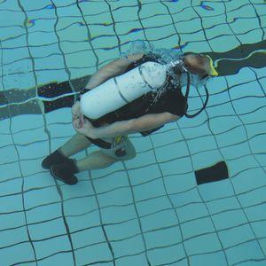 Wolfgang Kulow bei seinem Weltrekordversuch im Unterwassersprinten