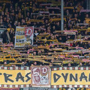 Ultras, Dynamo Dresden, FC St. Pauli