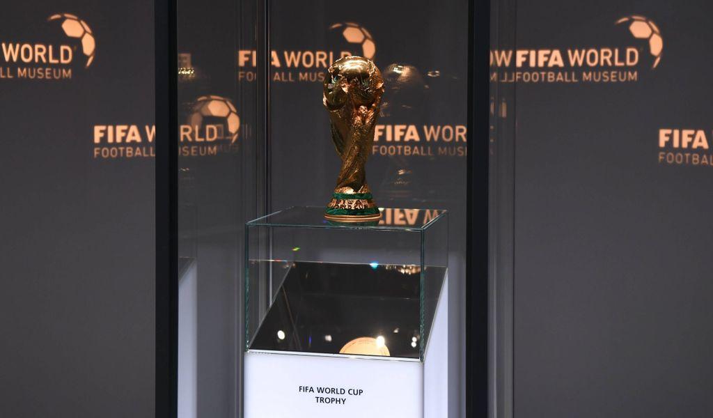 Das Objekt der Begierde: Wird in Zukunft alle zwei Jahre um den WM-Pokal gekämpft?