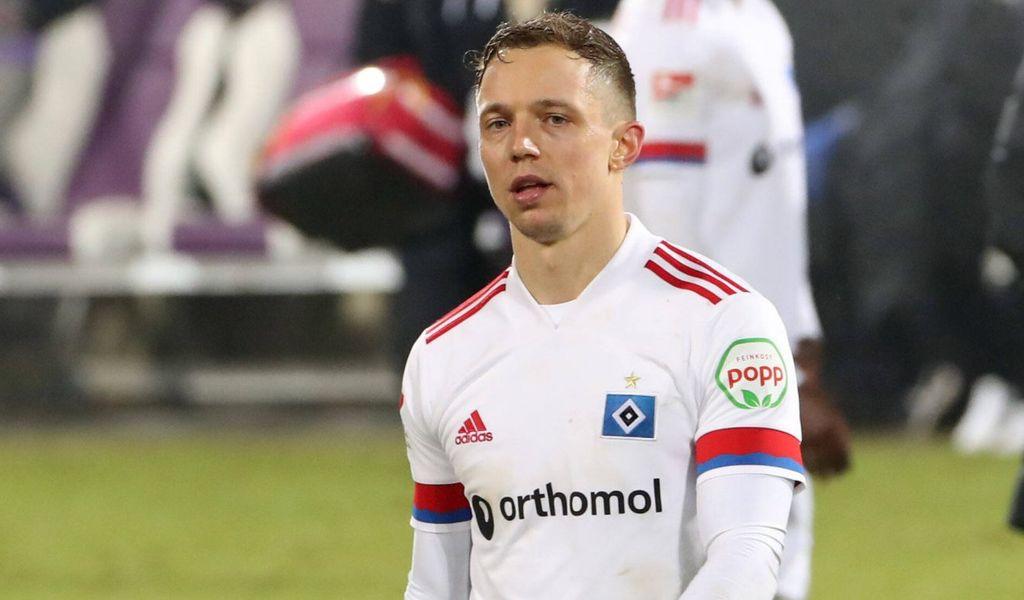 Autsch! Sonny Kittel und der HSV verspielten im Februar noch eine 3:1-Führung in Aue – Endstand 3:3.