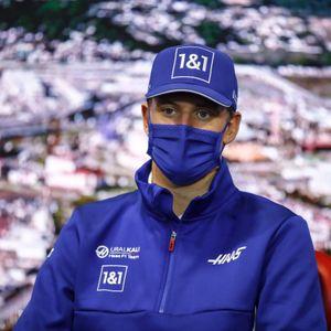 """""""Wir haben ein gutes Fundament gebaut"""": Mick Schumacher hofft mit Haas nächste Saison angreifen zu können"""