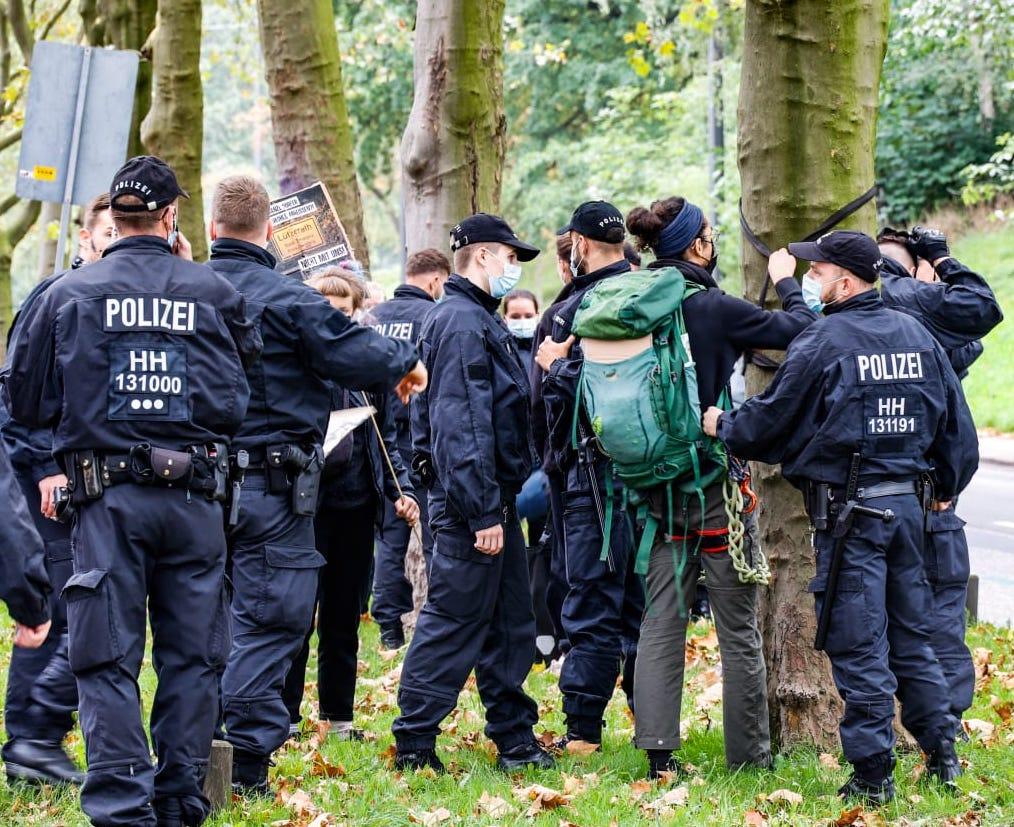 Polizeieinsatz am Gorch-Fock-Wall