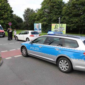 Einsatzkräfte an der Unfallstelle in Rostock.