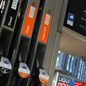 Blick auf eine deutsche Tankstelle (Symbolbild)