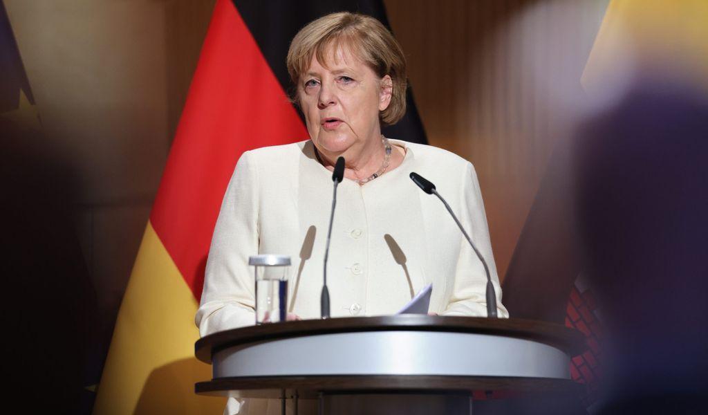 Zum Tag der Deutschen Einheit warnte Bundeskanzlerin Angela Merkel (CDU) vor zunehmender Gewalt in Deutschland.