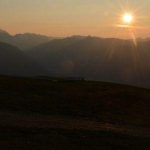 Blick auf die Berge vom 2275 m hohen Kronplatz in Trentino-Alto Adige, Südtirol, Italien