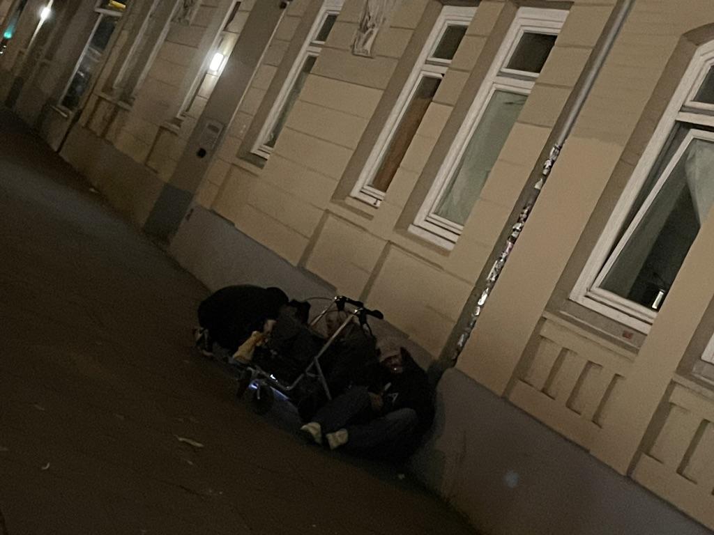 Rund um die Holstenstraße treffen immer wieder Anwohner und Drogenabhängige aufeinander.