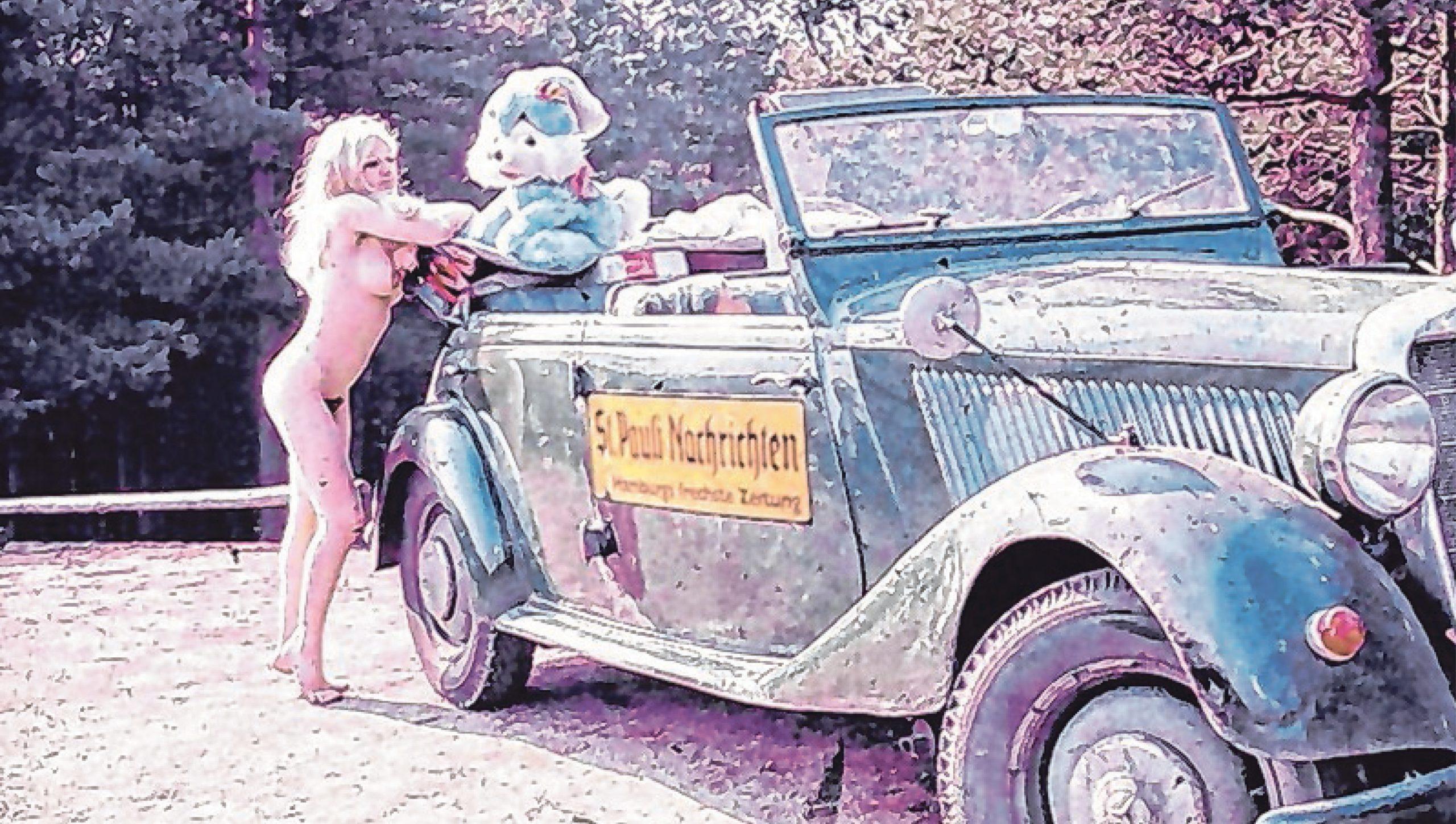 Ganze 400 Mark (200 Euro) hat Günter Zint 1960 für den Mercedes 170 gezahlt. Ein paar Jahre später entstand dieses Bild mit einer unbekannten Nackten und einem Plüschtier.