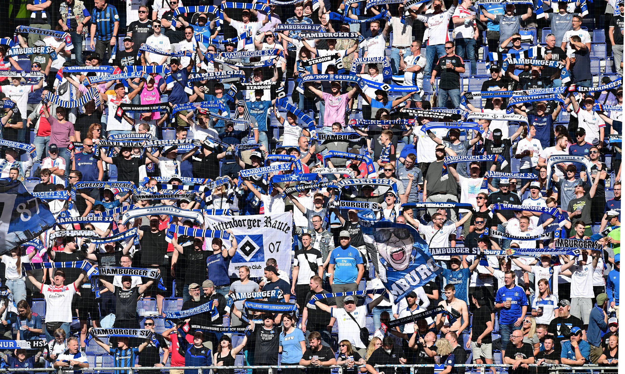 HSV-Fans im vollen Volksparkstadion