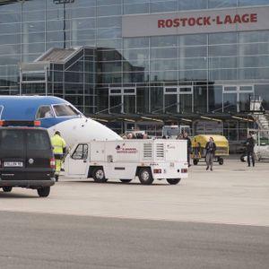 Der kommunal betriebene Flughafen Rostock-Laage soll bis Jahresende verkauft werden.