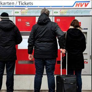 HVV-Ticketautomat - Ab Januar sollen die Fahrkarten im Schnitt um 1,3 Prozent teurer werden.