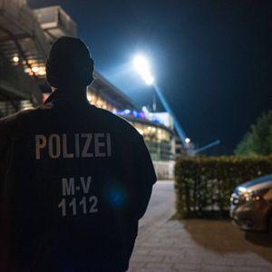 Polizistin vor Schalke-Spiel bei Kontrolle verletzt